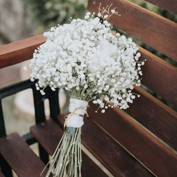 baby-breath-wedding-bouquet-bali